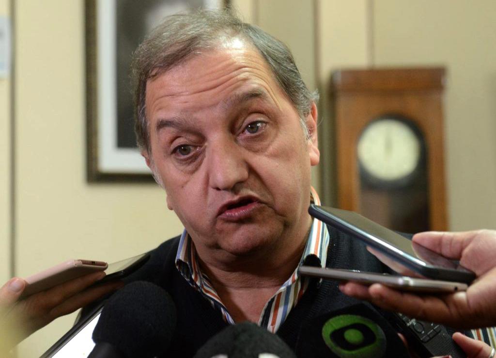 Linares crisis económica y política