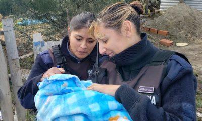 Policías ayudaron a dar a luz Bariloche