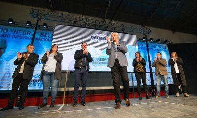 Béliz lanzó su campaña en Trelew junto al Intendente