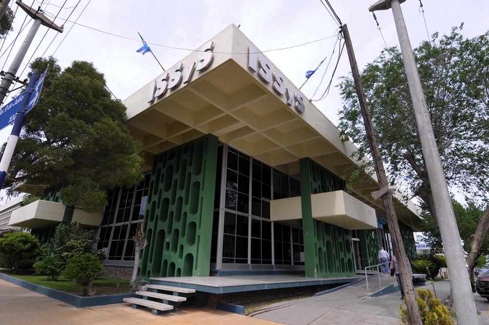 Médicos cortan nuevamente las prestaciones a Seros