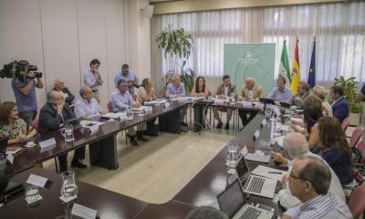 España emite un alerta por un brote de listeriosis