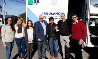 Entregaron una ambulancia 4x4 para el hospital de Cholila