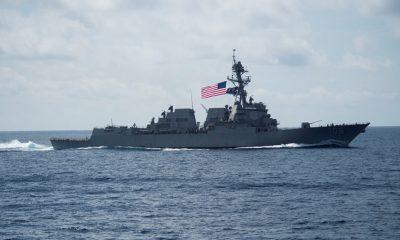 Destructor de EE.UU. navega cerca de instalaciones militares de China
