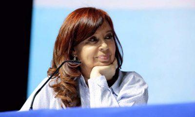 Cristina volvió al país y reaparece tras las PASO