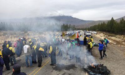 Estatales realizaron una nueva manifestación en el acceso a La Hoya