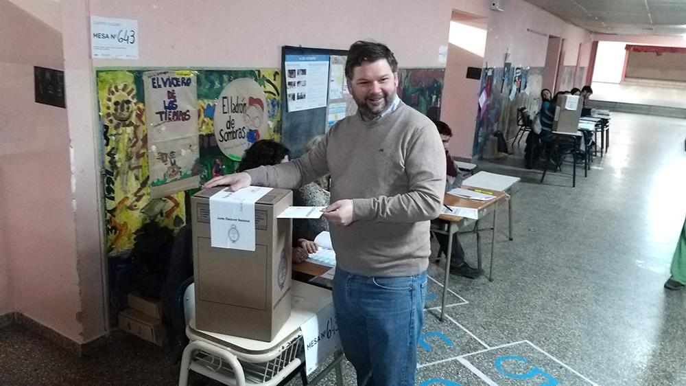 """Votó Igon y espera """"la posibilidad de entablar nuevas relaciones políticas"""""""