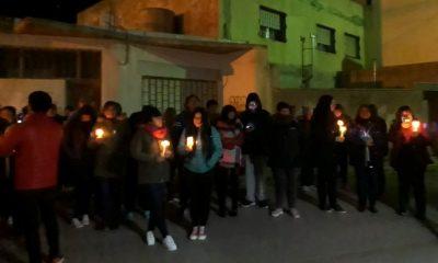 Vigilia con velas en Trelew