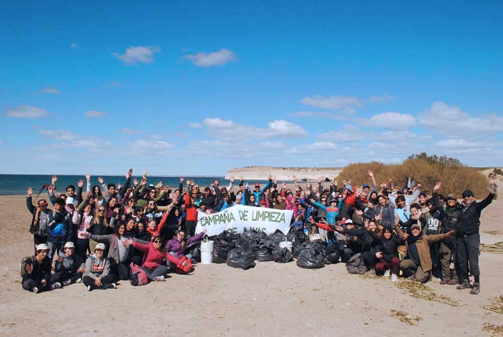 Más de 50 bolsas de basura se recolectaron en El Doradillo
