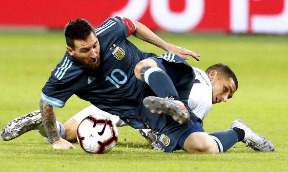La selección empató con un penal de Messi