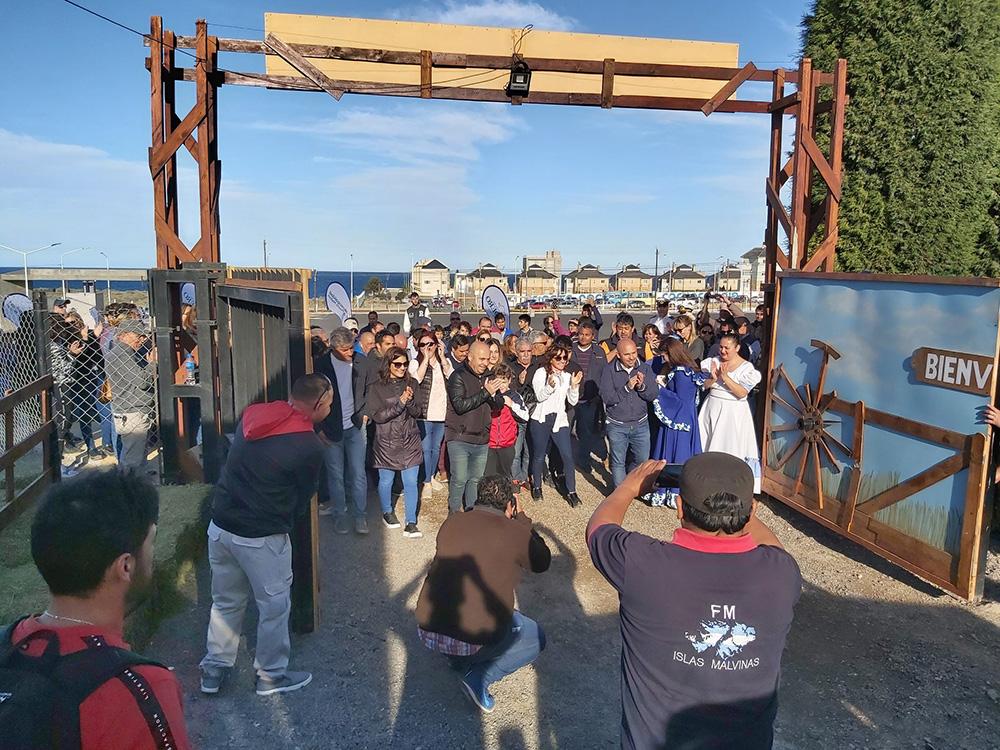 Se abrió la tranquera y comenzó la Fiesta Nacional del Cordero
