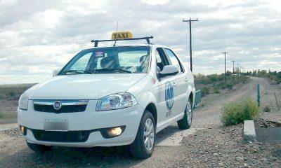Rawson ayuda a taxistas y remiseros