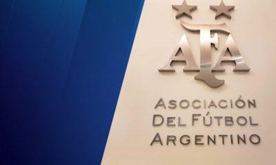 Tapia reelecto en AFA