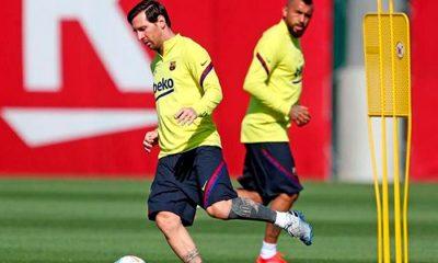 Messi entrenamiento grupal Barcelona