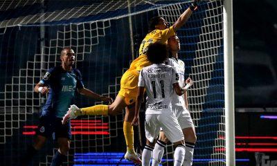Marchesín error derrota Porto