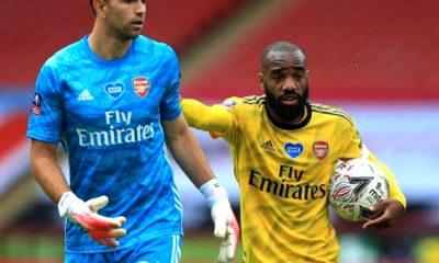 Martínez Arsenal a semifinales de la Copa FA