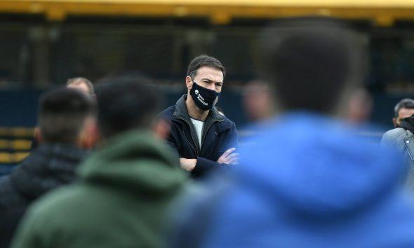 Central presentó al Kily González al plantel