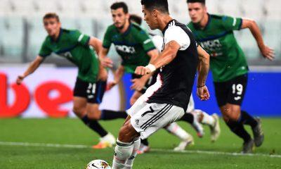 Juventus empató con el Atalanta y estiró la ventaja