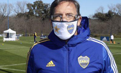Russo dirigió la práctica de Boca