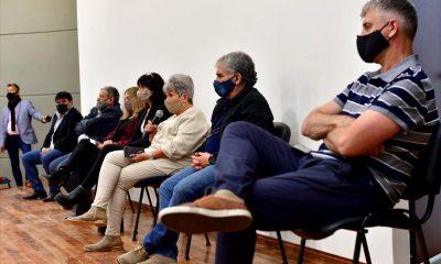 Siete diputados en la reunión con los gremios