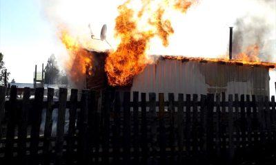 Incendio de una vivienda de un jubilado en Lago Puelo daños totales