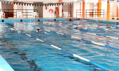 Nadadores Esquel y Trevelin toma de tiempos