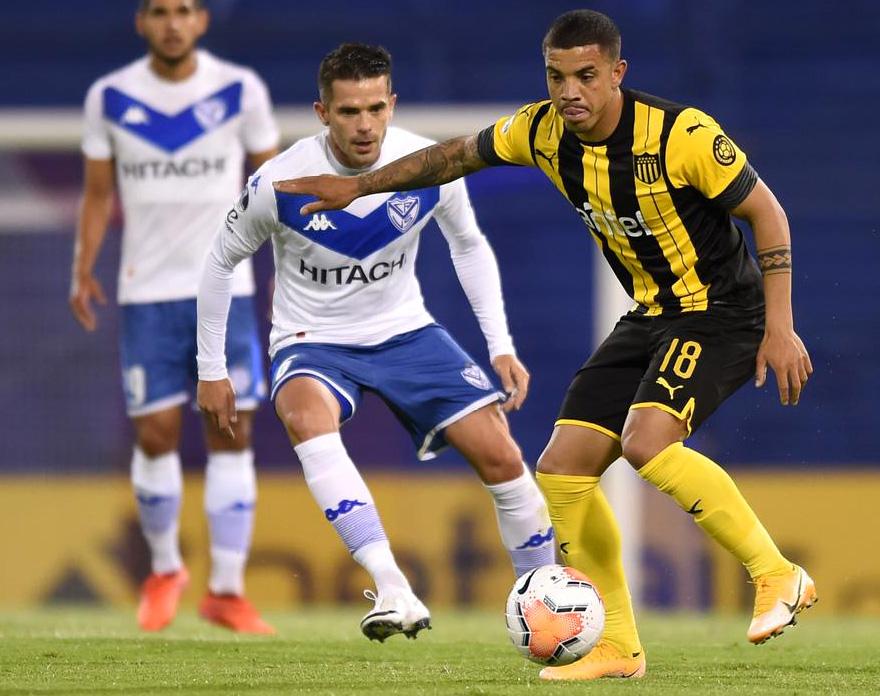 Vélez y Peñarol no generaron ninguna emoción en Liniers
