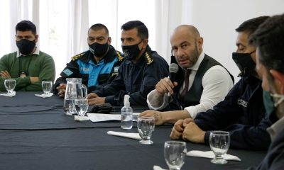 Massoni la Policía del Chubut se auto depura