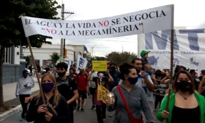 Marcha en defensa del agua Trelew