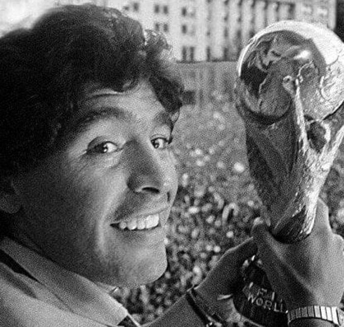 Despiden los restos de Diego en la Casa Rosada