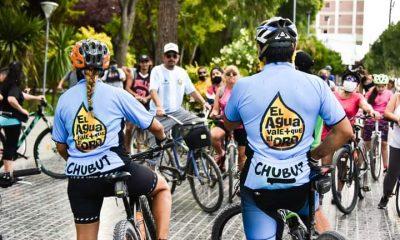 Bicicleteada en defensa del agua