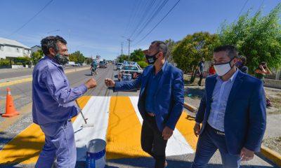 Maderna y las obras de de conservación vial en Trelew