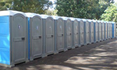 Multan a una firma de baños químicos por verter desechos nocivos a la salubridad de la población