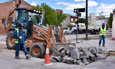 Reparaciones viales en Trelew