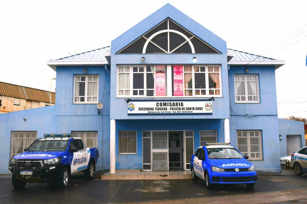Un preso pidió un remis para fugarse de una comisaría de Caleta Olivia