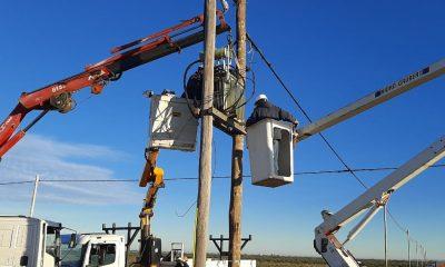 Vecinos de loteos del barrio 3 de Abril ya cuentan con energía eléctrica
