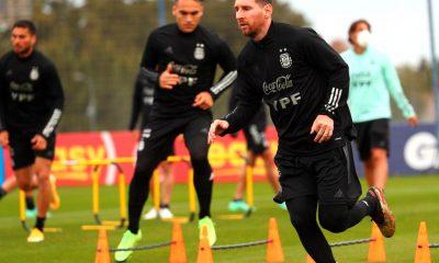 Selección primer entrenamiento para jugar con Chile