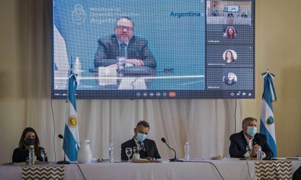 La Pampa firmó un convenio con Nación para generar 1.000 puestos de trabajo