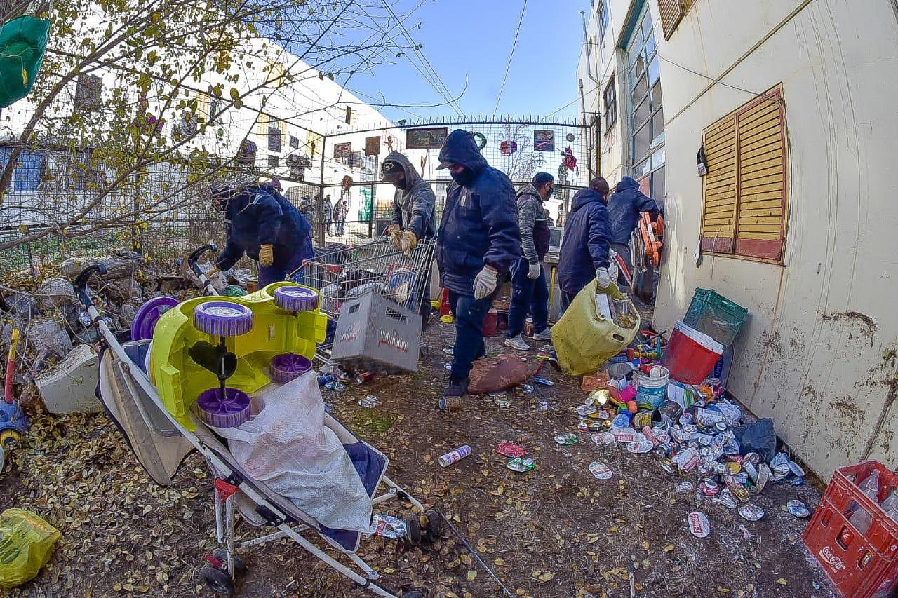 Acumuladores de residuos en Las Mil de Trelew