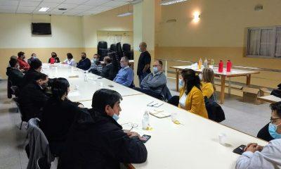 Reunión de Puratich con directores de hospitales rurales de la Cordillera