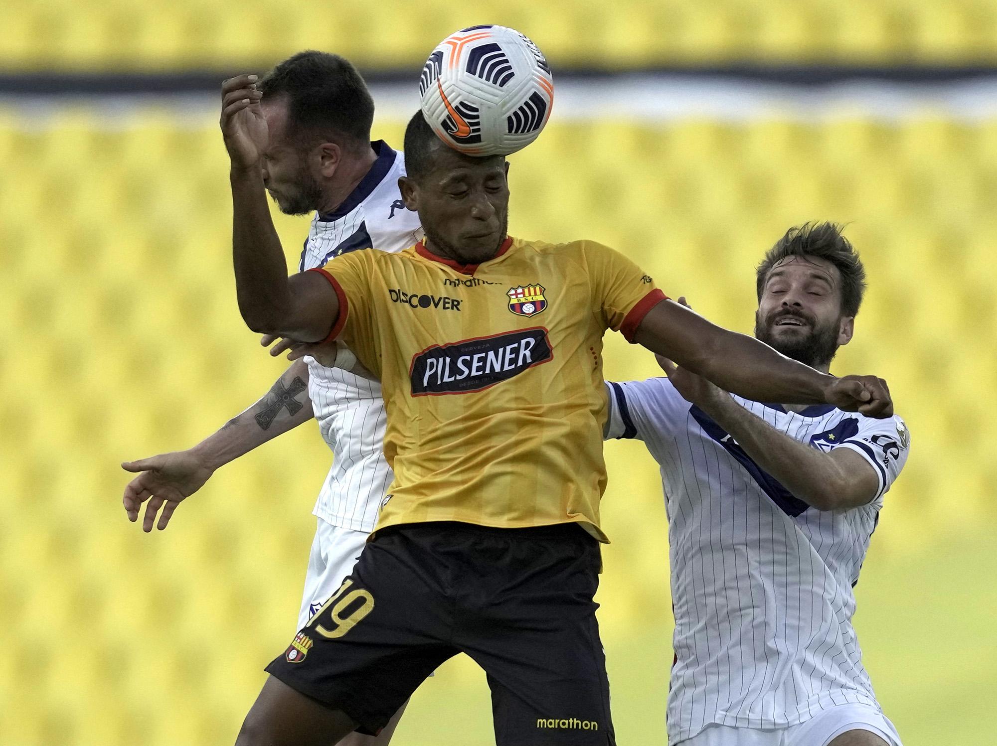 Vélez eliminado por Barcelona de Ecuador