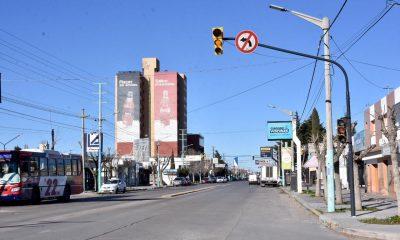Semáforo en Yrigoyen y El Carmen