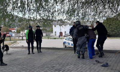 Trapitos agredieron a Policías en Esquel